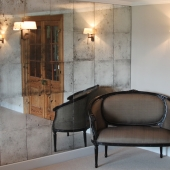 mirror-panelled-wall