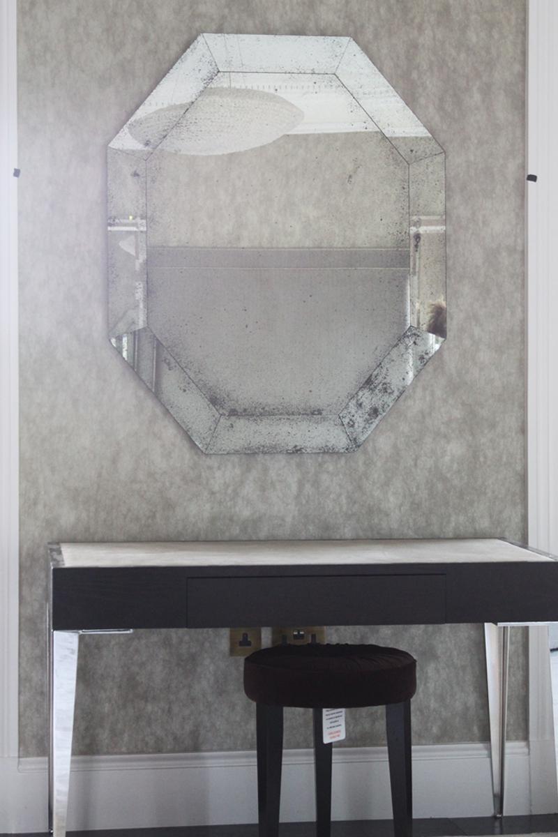 light-mercury-octoganal-mirror